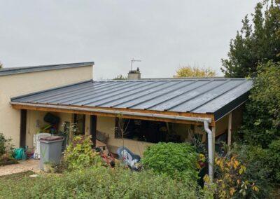 Création d'une toiture en BATITHANE